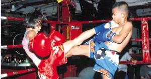 Pet-Jee-Jaa-O.-Mee-Khun-Muay-Thai-Fighter-Teep1-648x340